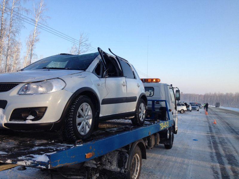 Перевозка на эвакуаторе автомобиля Suzuki s4